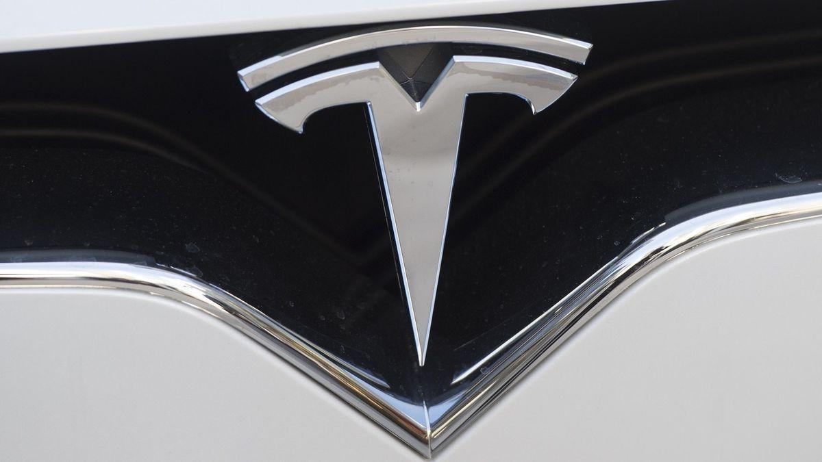Tesla is building Model 3s in a tent. Elon Musk says it's ...